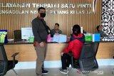 KPK limpahkan kasus dugaan penyuapan Bupati Solok Selatan ke Pengadilan Tipikor Padang