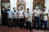 Ditolak warga, tujuh TKA China diterbangkan lagi ke Jakarta
