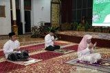 Gubernur Sumsel Shalat Hajat agar terbebas corona