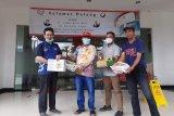 Asosiasi Perlebahan Indonesia sumbang madu bagi tenaga medis COVID-19
