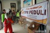 CPM gencar lakukan penyemprotan desinfektan cegah wabah COVID-19 di Palu