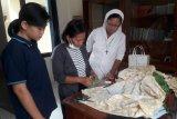 Solidaritas Keuskupan Tanjungkarang buat gerakan sejuta masker antisipasi COVID-19