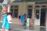 Alfamidi semprot disinfektan fasilitas publik di Yogyakarta cegah COVID-19