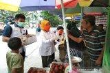 BPP Kendari buat cairan disinfektan dan dibagikan ke masyarakat