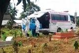 Pemkot Makassar libatkan aparat keamanan kawal pemakaman jenazah COVID-19