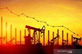 Harga minyak dunia turun tipis ketika data ekonomi dibayangi kekhawatiran corona