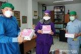 Satu keluarga di Depok donasikan ribuan nasi kotak bantu medis
