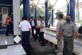 Wali kota memantau posko pemeriksaan kesehatan di pintu masuk Mataram