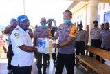 Bupati Mamberamo Tengah salurkan bantuan 1.500 masker cegah corona