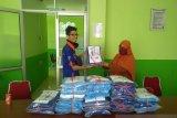 Abud's Kebab Payakumbuh bantu 60 APD untuk tenaga medis
