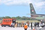 Pemerintah pusat distribusikan puluhan ribu APD dan masker bagi tenaga medis di daerah