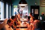 Ternyata santap bersama bisa ubah pola  makan orang