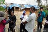 Dharmasraya peduli COVID-19 salurkan sembako untuk warga