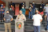 18 orang tidak patuh pembatasan sosial ditangkap polisi