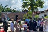 Pemkab Bantaeng salurkan masker dan bahan pokok untuk ODP COVID-19 di tujuh lokasi