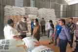 Bulog Riau siap gelontorkan 1.200 ton beras tanggap bencana COVID-19