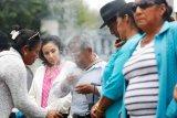 Pemerintah Ekuador simpan jasad korban virus corona  dalam kulkas raksasa