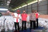 Pemkot Surakarta bagikan 40.000 paket sembako bagi warga terdampak COVID-19