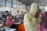 Konveksi di Bandarlampung produksi baju hazmat untuk tenaga medis