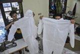 Gugus tugas serahkan bantuan 7.000 APD ke dokter gigi dan spesialis THT