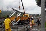 Pembuatan jembatan darurat jalur Temanggung-Wonosobo sudah 50 persen