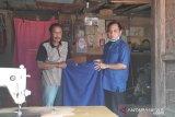 Legislator Gumas gandeng penjahit lokal siapkan masker untuk masyarakat