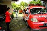 Relawan Gibran distribusikan 1.000 APD ke 12 rumah sakit di Solo