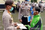 Pengemudi ojol korban penipuan di Banyumas terima santunan dari sejumlah pejabat (VIDEO)