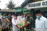 Tim Gugus Penanganan COVID-19 bantu Limapuluh Kota 100 APD