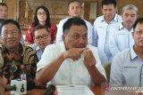 Gubernur Dondokambey tegaskan  bupati/wali kota jangan keluar daerah