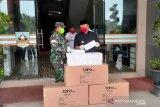 TNI salurkan APD untuk tenaga medis di Dharmasraya