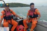 SAR cari  suami-istri yang hilang memancing ikan di Lingga