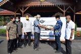 Cegah COVID-19, Al Irsyad Purwokerto sumbang 100.000 masker