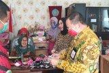 6.500 masker diproduksi  TP-PKK Mandau untuk masyarakat