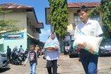Sejumlah sekolah di Pariaman bantu keluarga siswa miskin terdampak COVID-19