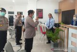Kapolres ingatkan Samsat Pulang Pisau perhatikan 'physical distancing'