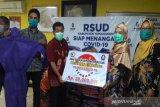 TKSK dan pengelola e-warong bantu 450 APD di RSUD Temanggung