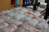 Presiden Jokowi curigai ada permainan picu harga gula-bawang merah tinggi