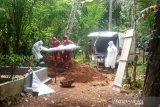 Tangisan keluarga iringi prosesi pemakaman jenazah PDP di Agam