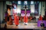 Kardinal Suharyo memimpin doa untuk masyarakat terdampak COVID-19