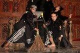 Seniman Semarang ciptakan tarian dan tembang keprihatinan pandemi COVID-19