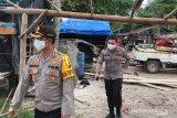 Polisi tertibkan tambang liar di Pantai Selindung Bangka Barat