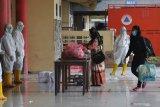 Ganjar siapkan tempat karantina untuk TKI  asal Jateng