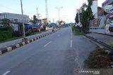 Arus lalulintas dan pasar di Kota Kendari lengang