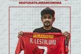 Pemain Persija Ramdani Lestaluhu bahagia jerseynya dihargai tinggi