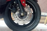Perbedaan tiga tipe rem cakram pada sepeda motor