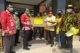 Golkar bantu APD Tenaga Medis ke RSUD Sultan Imanuddin Pangkalan Bun