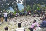 Polisi bersama Pemkab Tolikara memediasi pertikaian antarwarga Distrik Aweku