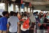 PSBB buat kerumunan halte berkurang, kata penumpang