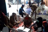 Pemrov Lampung bagikan nasi 1.200 kotak setiap setiap hari